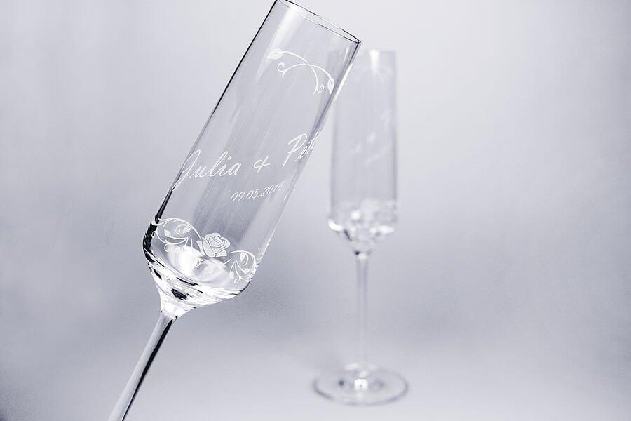 Lasergravieren von Glas, Flachglas